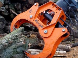 Holzspaltzange am Mobilbagger